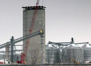 Construction progresses on Sinclair Elevator's new feed mill