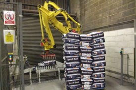 UK feed manufacturer installs Pacepacker bagging and robotic palletising equipment